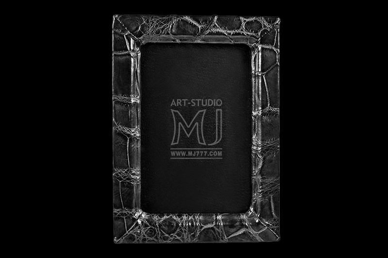MJ LUXURY - Exclusive Frames, Handmade Photo Albums, VIP Baguettes ...