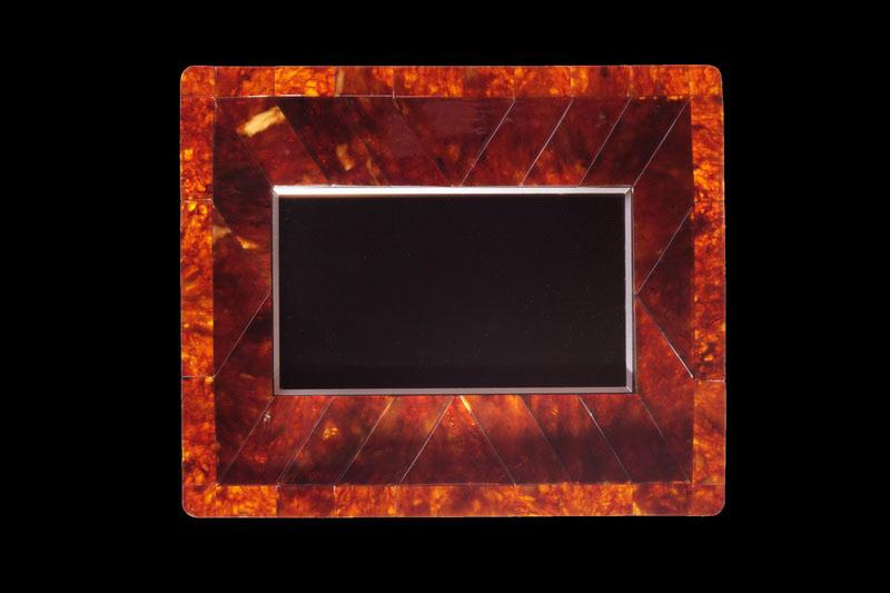 MJ LUXURY - Exclusive Frames, Handmade Photo Albums, VIP Baguettes ...